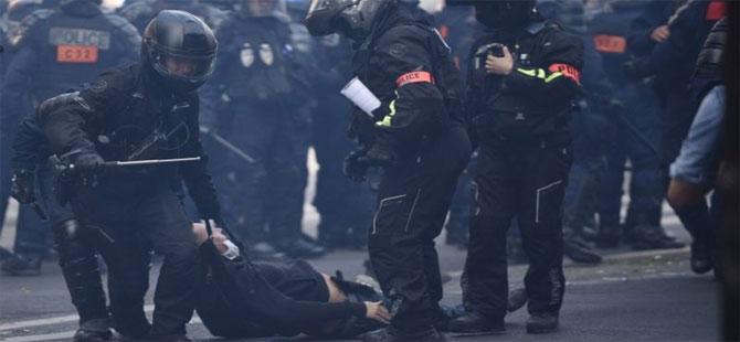 Fransa'da hükümet karşıtı protestolar yeniden başladı, 200'den fazla gözaltı