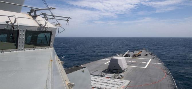 Karadeniz'e son 24 saatte ABD'ye ait ikinci savaş gemisi girdi