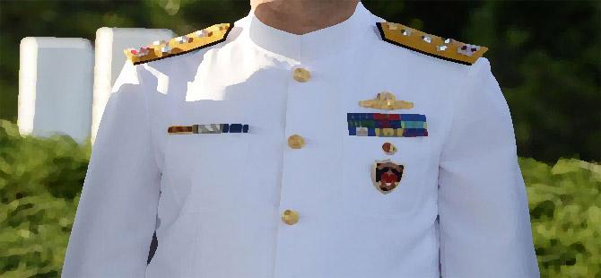 6 emekli amiral ile 1 emekli generalin evinde arama