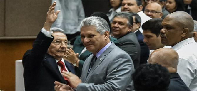 Küba'da Castro sonrası döneme geçiliyor!