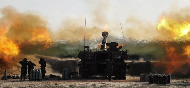 İsrail polisi, cuma namazı sonrası Mescid-i Aksa'daki cemaate ses bombalarıyla saldırdı
