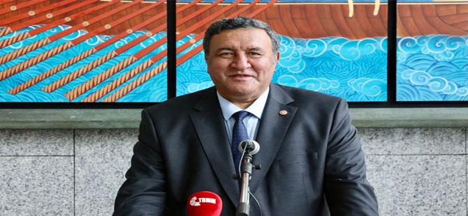 CHP'li Gürer: 12 bin kişilik atamada, diş protezi teknikerlerine 7 kişilik kadro açılması haksızlık