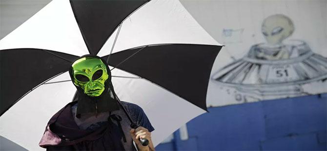 Pentagon, merakla beklenen UFO raporunu yayınladı