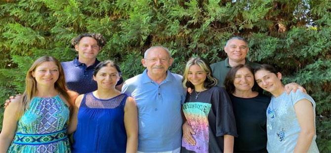 Kılıçdaroğlu'ndan aile fotoğraflı bayram mesajı
