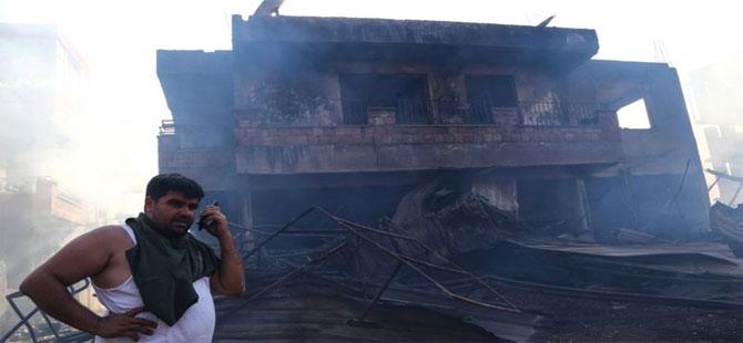 Antalya'daki yangın sürüyor: 3 kişi yaşamını yitirdi