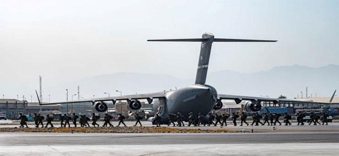 Kabil Havalimanı'nda uçuşlar başladı