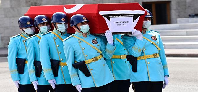 Eski CHP Milletvekili Şahin Mengü için Meclis'te cenaze töreni düzenlendi!